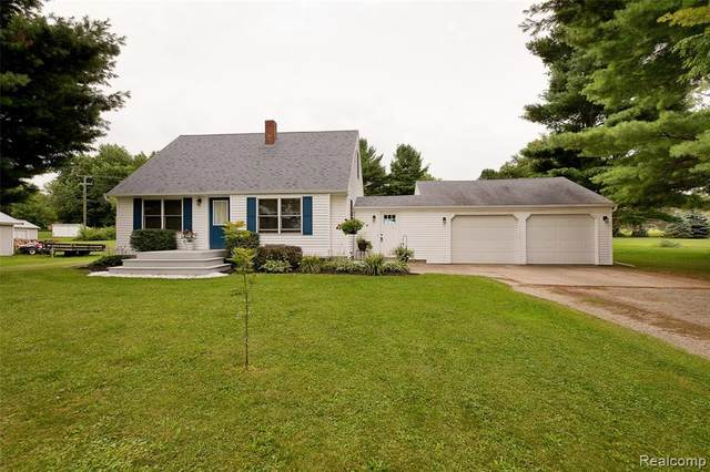 958 N Wilder Road, Lapeer Twp, MI 48446 (#2210059465) :: Real Estate For A CAUSE