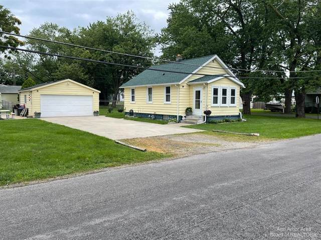704 W 12Th, Monroe, MI 48161 (#543282840) :: Duneske Real Estate Advisors