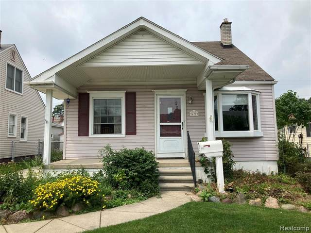 26729 Kaiser Street, Roseville, MI 48066 (#2210059627) :: The Alex Nugent Team | Real Estate One