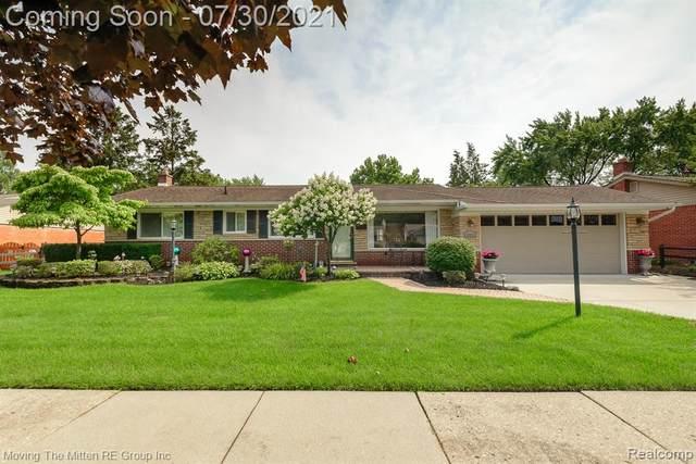 36083 Hees Street, Livonia, MI 48150 (#2210060065) :: Duneske Real Estate Advisors