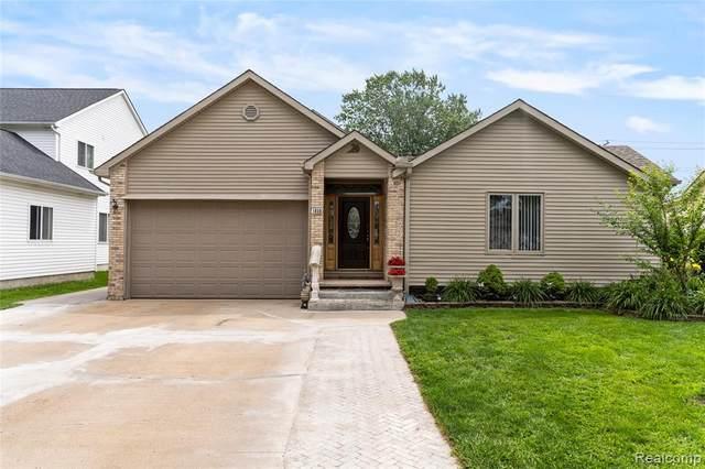 1050 Boyd Street, Troy, MI 48083 (#2210060280) :: The Alex Nugent Team | Real Estate One