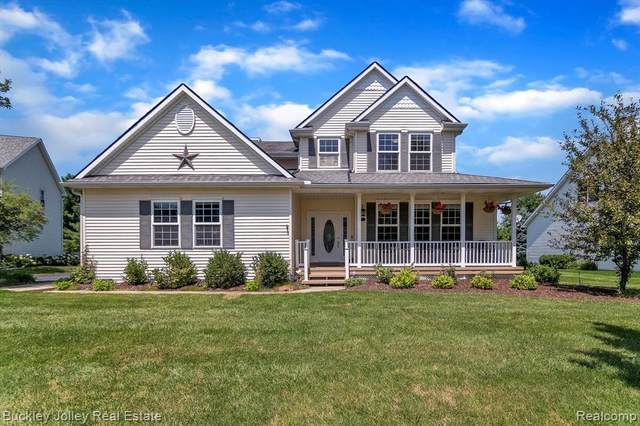 8719 Clarion Court, Green Oak Twp, MI 48116 (#2210060387) :: The Alex Nugent Team   Real Estate One