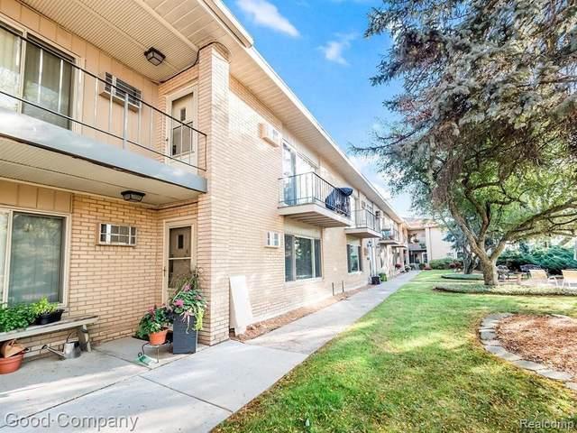 2655 E Maple Road #19, Birmingham, MI 48009 (#2210060524) :: The Alex Nugent Team | Real Estate One