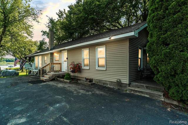 6514 Bennett Lake Rd, Deerfield Twp, MI 48430 (#2210060731) :: The Alex Nugent Team | Real Estate One