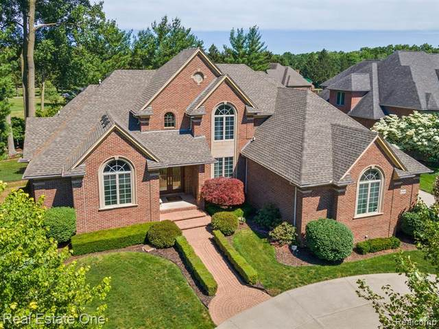 52950 Sable Court, Shelby Twp, MI 48315 (#2210060812) :: The Alex Nugent Team | Real Estate One