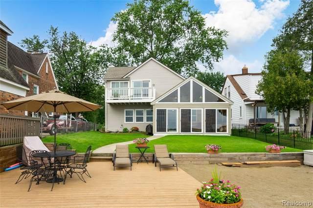 8764 Arlington Street, White Lake Twp, MI 48386 (#2210060884) :: GK Real Estate Team