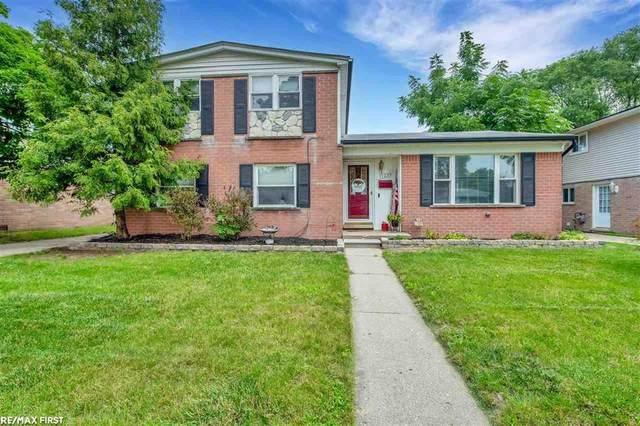 11239 Saar, Sterling Heights, MI 48314 (#58050049904) :: The Alex Nugent Team | Real Estate One