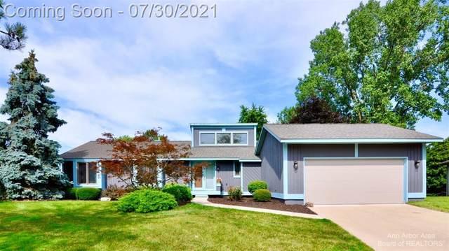 3662 Wellington Cross Road, Ann Arbor, MI 48105 (#543282946) :: The Alex Nugent Team | Real Estate One