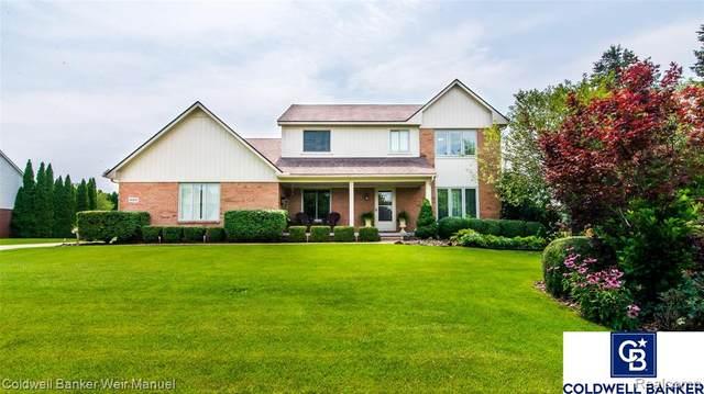 48805 Delmont Drive, Novi, MI 48374 (#2210061435) :: GK Real Estate Team
