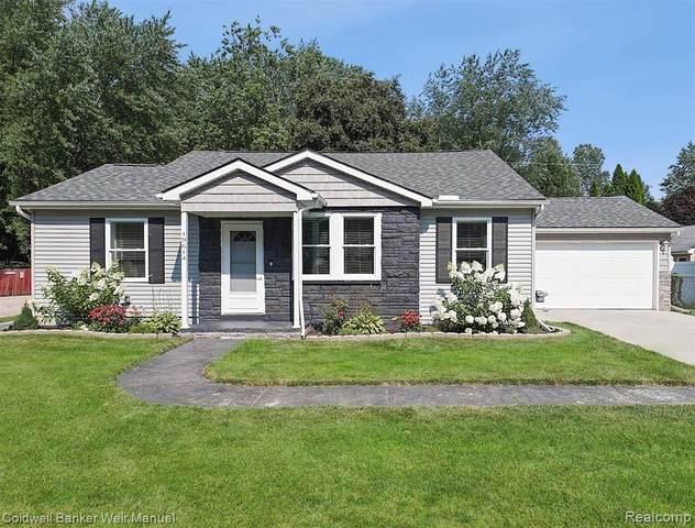 19614 Weyher Street, Livonia, MI 48152 (#2210061497) :: GK Real Estate Team