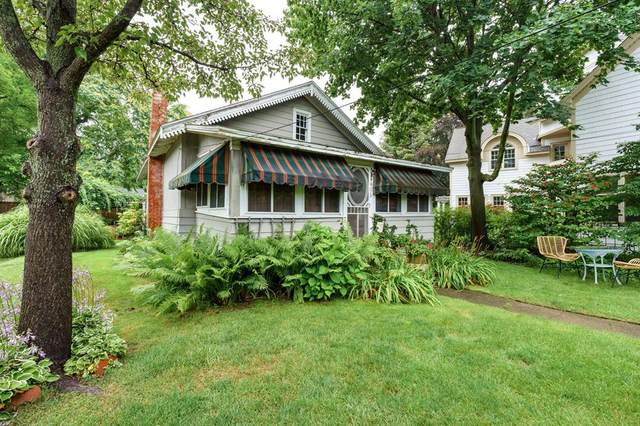 406 410-412 North Shore, South Haven, MI 49090 (#66021095678) :: The Mulvihill Group