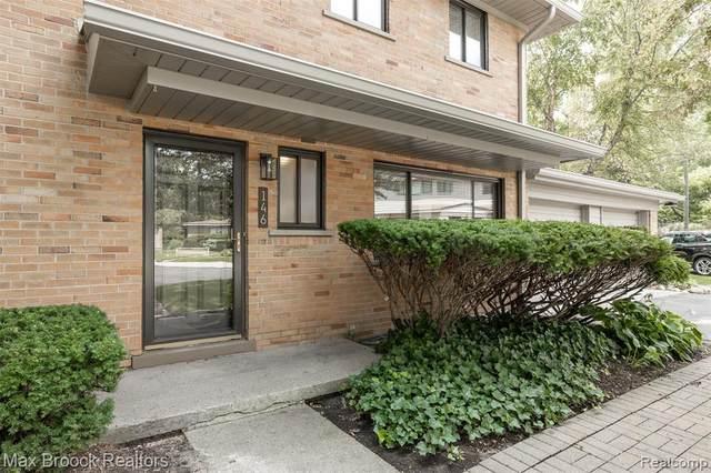 146 E Hickory Grove Road, Bloomfield Hills, MI 48304 (#2210061844) :: Robert E Smith Realty