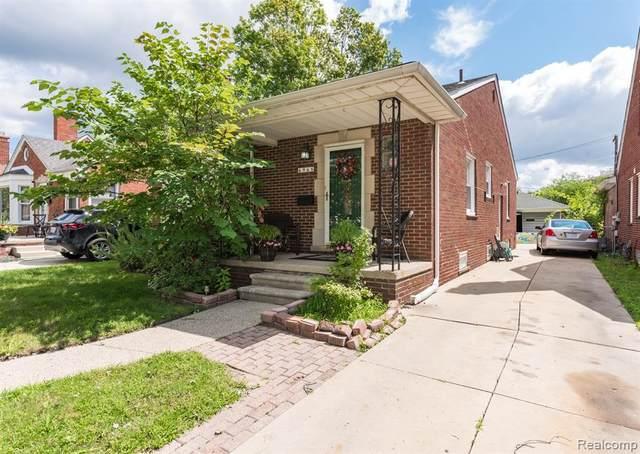 6968 Dacosta Street, Dearborn Heights, MI 48127 (#2210061888) :: BestMichiganHouses.com