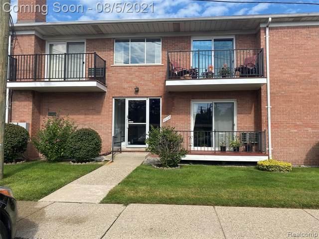 32125 Beaconsfield St # 13, Roseville, MI 48066 (#2210062050) :: BestMichiganHouses.com