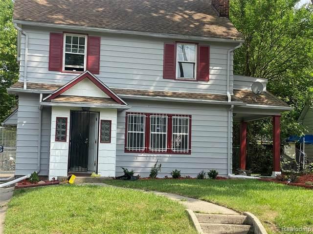 200 W Mcclellan Street, Flint, MI 48505 (#2210062333) :: The Mulvihill Group