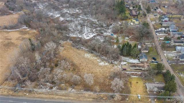 000 Highland Road, White Lake Twp, MI 48383 (#2210062421) :: National Realty Centers, Inc