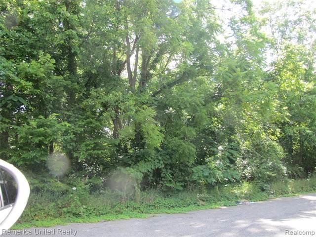 1629 Outer Lane Drive, Ypsilanti Twp, MI 48198 (#2210063241) :: The Vance Group | Keller Williams Domain