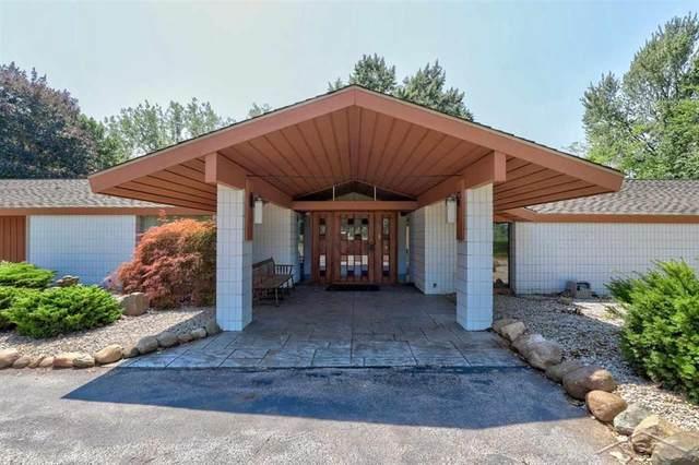 2500 Van Wormer Rd, Swan Creek Twp, MI 48609 (#61050050617) :: Novak & Associates