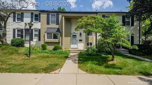 3473 Burbank, Ann Arbor, MI 48105 (#543282972) :: The Vance Group | Keller Williams Domain