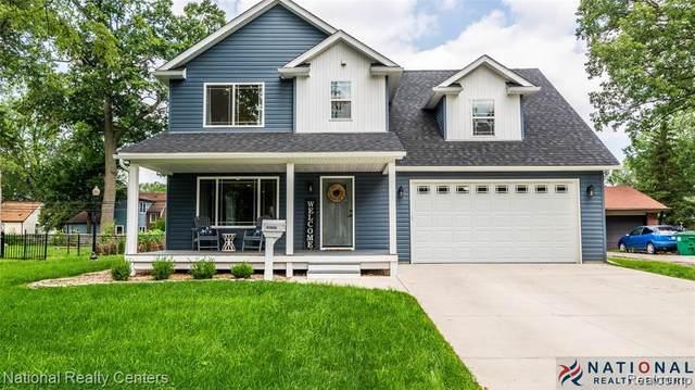 31942 Barton Street, Garden City, MI 48135 (#2210064073) :: GK Real Estate Team