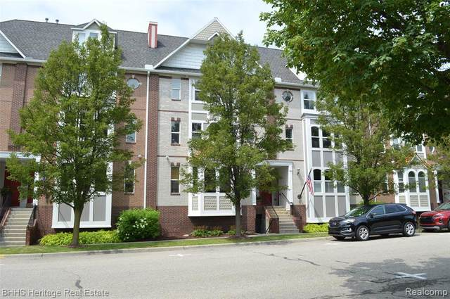 216 N. State Street #20, Howell, MI 48843 (#2210064774) :: Real Estate For A CAUSE