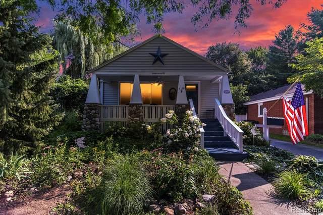 22118 Maxine Street, Saint Clair Shores, MI 48080 (#2210064920) :: GK Real Estate Team