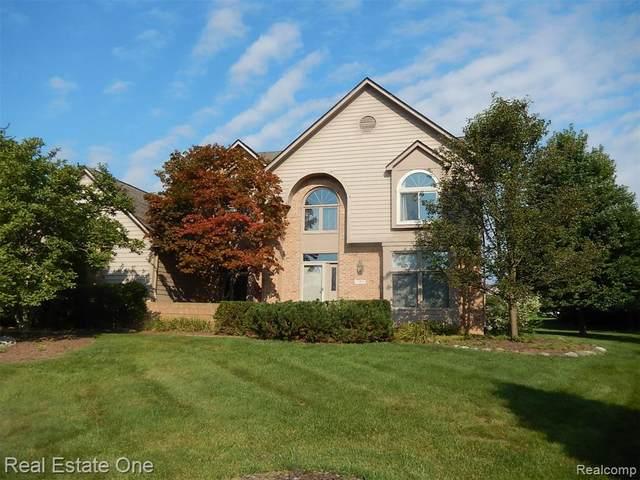 37072 Aldgate Court, Farmington Hills, MI 48335 (#2210065105) :: The Vance Group   Keller Williams Domain