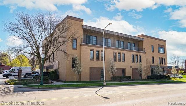 804 N Main St 2G/H Unit #9 2H #9, Rochester, MI 48307 (#2210065150) :: Real Estate For A CAUSE