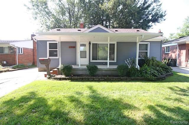 22838 Euclid Street, Saint Clair Shores, MI 48082 (#2210065453) :: The Vance Group | Keller Williams Domain