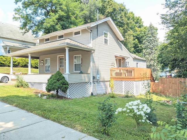 304 Pleasant Street, Hudson Twp, MI 49247 (#55021099454) :: GK Real Estate Team