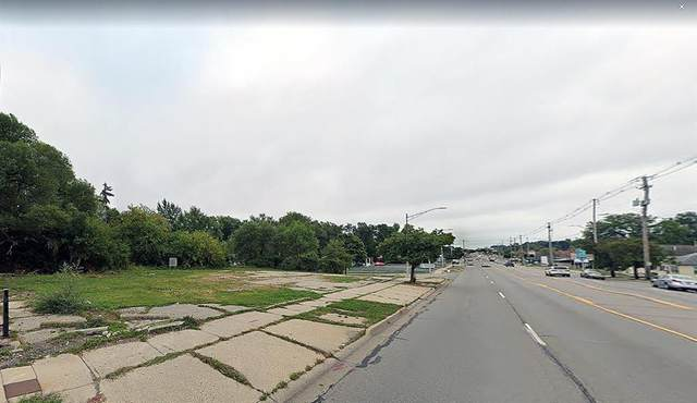 3145 S Cedar Street, Lansing, MI 48910 (#66021099616) :: The Vance Group | Keller Williams Domain