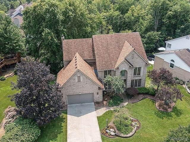 45795 White Pines Drive, Novi, MI 48374 (#2210066060) :: Duneske Real Estate Advisors