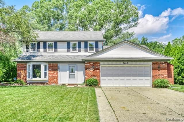 949 Homestead Court, Rochester Hills, MI 48309 (#2210066613) :: GK Real Estate Team