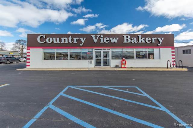 5722 W Us Highway 10, Pere Marquette Twp, MI 49431 (#2210067509) :: The Vance Group | Keller Williams Domain