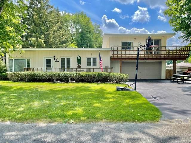 1164 Linden Drive, Royalton Twp, MI 49085 (#69021100920) :: Novak & Associates