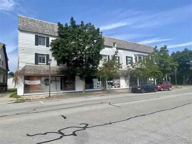 921 N Johnson Street, Bay City, MI 48708 (#61050052335) :: Robert E Smith Realty