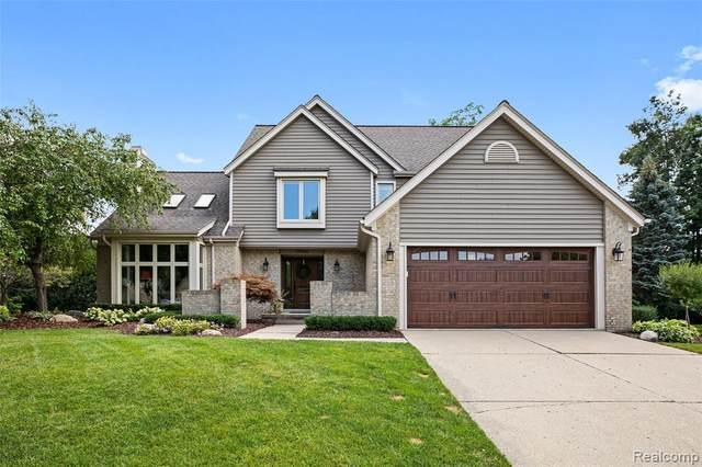 24466 Redwing Drive, Novi, MI 48374 (#2210069058) :: Duneske Real Estate Advisors
