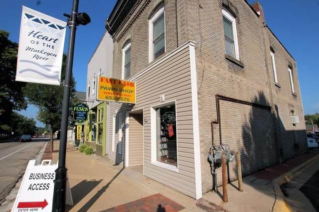 73 State Street, Newaygo, MI 49337 (#71021101413) :: The Alex Nugent Team | Real Estate One