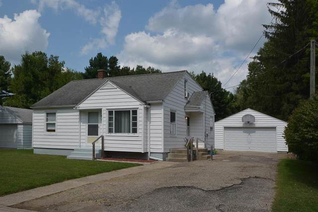 220 W North Street, Paw Paw Vlg, MI 49079 (#69021101814) :: The Vance Group   Keller Williams Domain