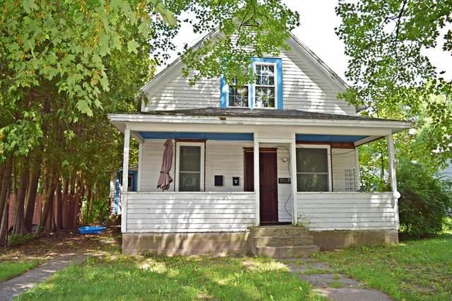 126 W Broadway Avenue, Scottville, MI 49454 (#67021101841) :: The Vance Group | Keller Williams Domain