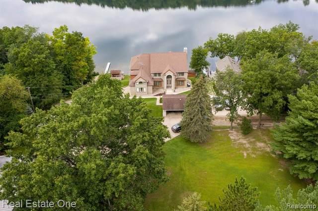 7777 Tipsico Trail, Rose Twp, MI 48442 (#2210069945) :: GK Real Estate Team