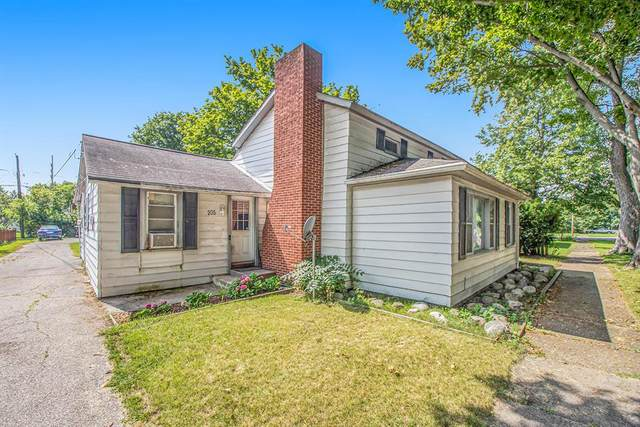 205 S Bluff Street, Berrien Springs Vlg, MI 49103 (#69021101947) :: The Alex Nugent Team | Real Estate One