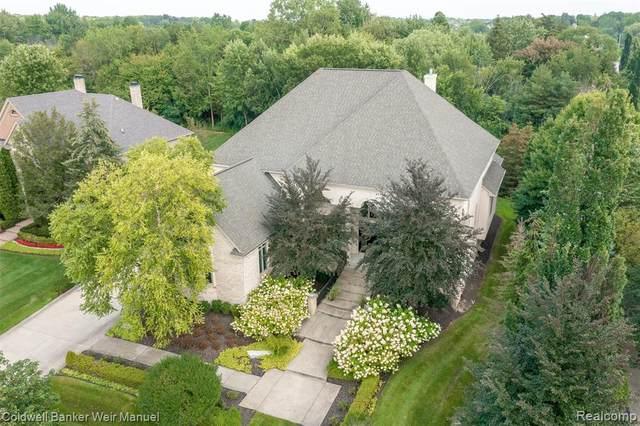 22440 Amberlund Court, Novi, MI 48374 (#2210070080) :: Duneske Real Estate Advisors