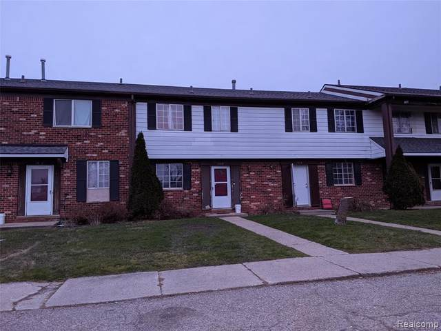 5403 Maplebrook Lane, Grand Blanc, MI 48507 (#2210070878) :: National Realty Centers, Inc