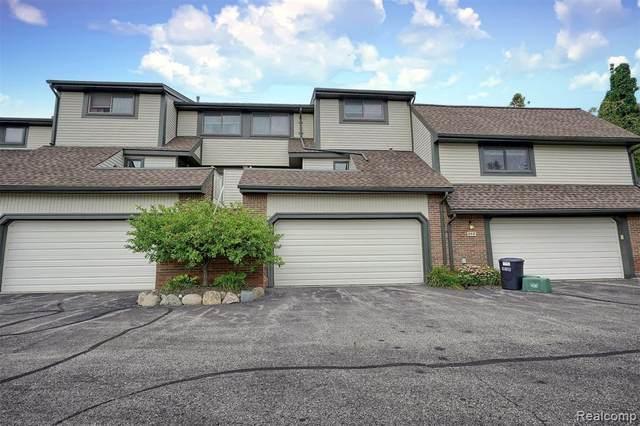 960 New Haven Court #15, Northville, MI 48167 (#2210071340) :: Duneske Real Estate Advisors