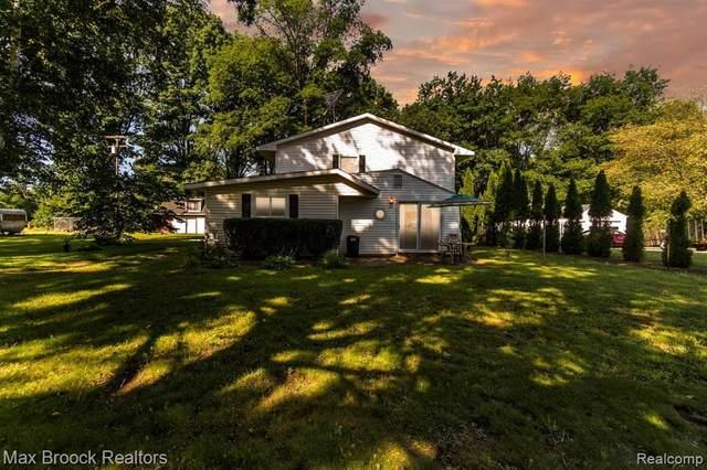 2834 Washburn Road, Juniata Twp, MI 48768 (#2210072302) :: The Vance Group | Keller Williams Domain