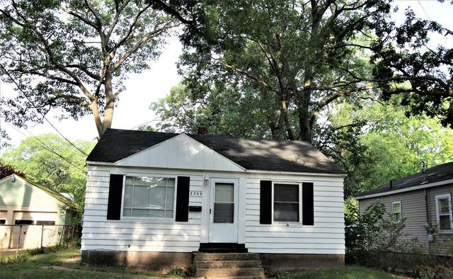 71 Crescent Avenue, Muskegon Heights, MI 49444 (#71021103491) :: The Vance Group | Keller Williams Domain