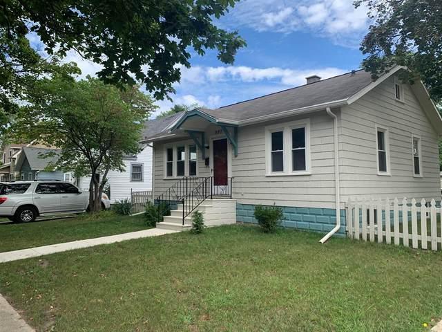 997 Monroe Street, Benton Harbor, MI 49022 (#69021104125) :: The Vance Group | Keller Williams Domain