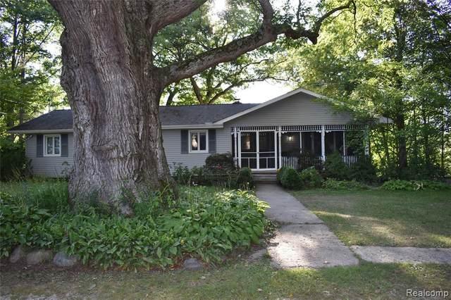 540 Stoddard Road, Richmond, MI 48062 (#2210074316) :: Duneske Real Estate Advisors