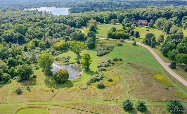 000 Bitterbush, Independence Twp, MI 48348 (#2210074500) :: National Realty Centers, Inc